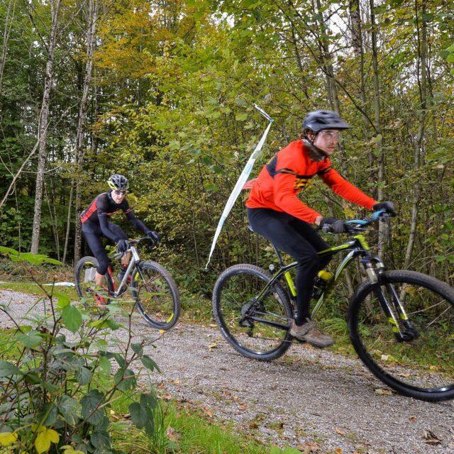 Ride gravel, be happy! ❤️🚲 #gravel #bern #gravelride #gravelrace #allianz #gravelgrinder #cyclinglife #cyclingswitzerland  📸: @alphafoto.swiss