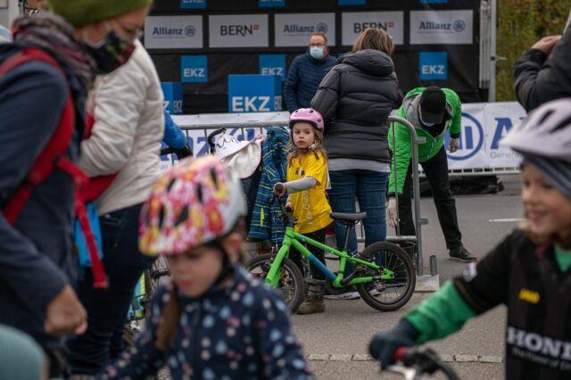 Good news!  Am Samstag, 16. Oktober, werden wir im Rahmen des Allianz Gravel Ride & Race Bern auch wieder ein Kids-Cross durchführen! Weitere Infos folgen... 📸: @buchlifotografie  #kidscross #family #gravel #gravelracing #gravellove #gravelcycling #gravelgrinder #gravellife #unpavedapproved #cycling #cyclinglife #cyclinglifestyle #bern #allianz #allianzversicherung