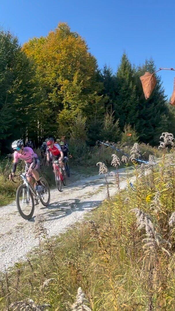 Allianz Gravel Race & Ride. Das Rennen läuft, über 400 Startende sind unterwegs🔥